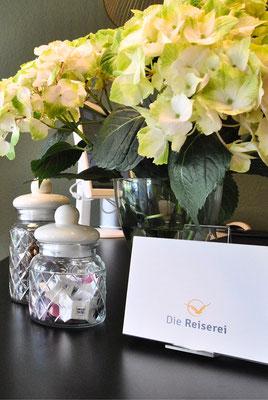 Reisegutscheine zum Verschenken in unseren Reisebüros in Berlin