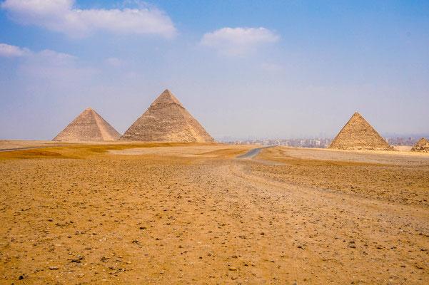 Flusskreuzfahrt auf dem Nil, Nilkreuzfahrt in Deiner Reiserei, Reisebüro in Berlin Brandenburg, Pyramiden von Gizeh