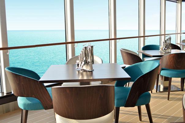 Bistro LaVela auf der MeinSchiff Herz, von TUI Cruises