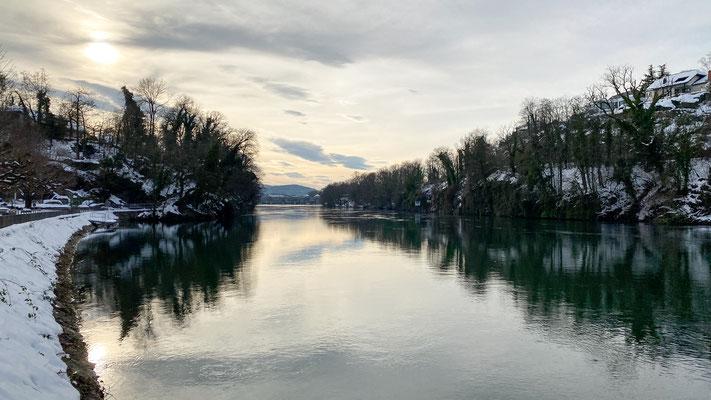 Blick von der Badstube zum Kraftwerk Laufenburg, 20.01.2021 (Foto CC)