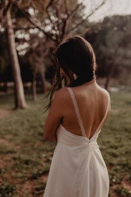 robe de mariée civil romantique légère dos nue