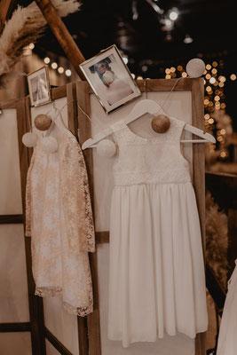robes de demoiselles d'honneur ou baptême enfant