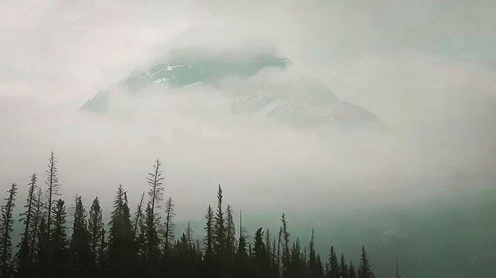 Photo de paysage; Rocheuses canadiennes, Alberta; 2018, photo voyage personnel; rôle: photographie, travail postproduction.