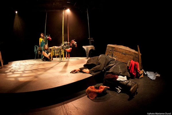 Petites Bûches - Théâtre de la Vieille 17 - Photo Théâtre Marianne Duval -2015