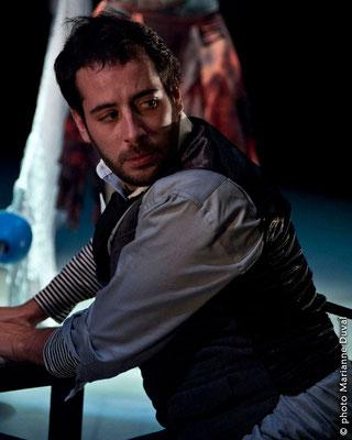 Pierre Antoine Lafond Simard - Écume- Nouvelle Scène - Théâtre du Trillium – Nouvelle Scène - Photo Marianne Duval