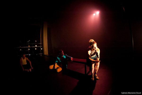 #Pigeons Affamés- Théâtre du Trillium – Zones Théâtrales 2015 – Photo de Théâtre Marianne Duval-