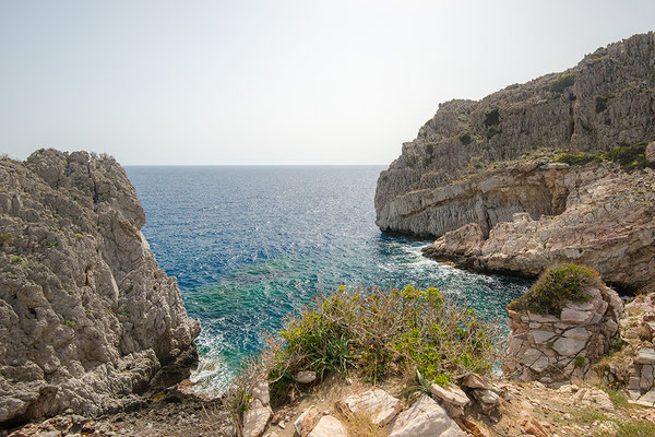 Rotskust bij Agios Pavlos in zuid Kreta, Griekenland