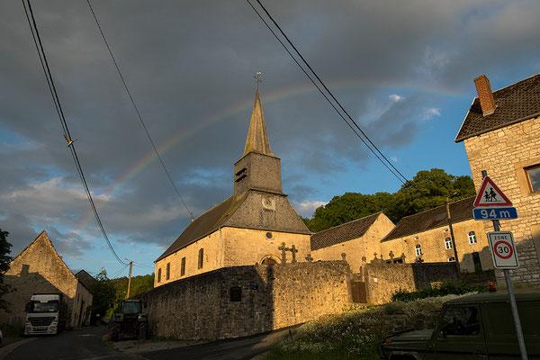 Eglise Saint Martin. 16e eeuws kerkje in Fagnolle, Philippeville, Namen, België