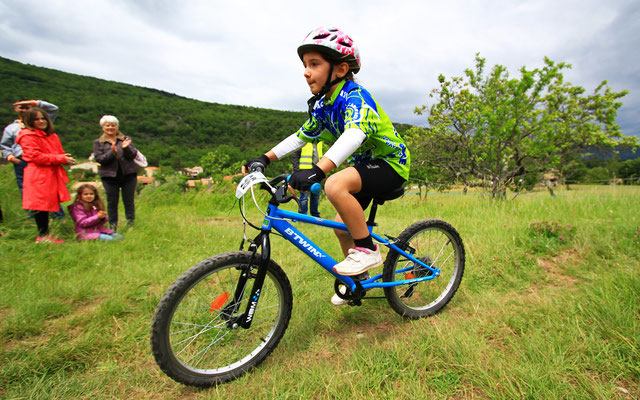 Mini Carach Bike - 16 mai 2015 à Ginoles - ©Photo : Sylvain Dossin