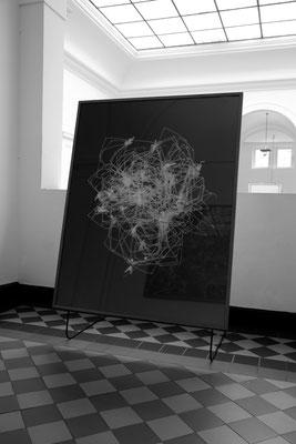 Tintenstrahldruck, kaschiert auf Alu Verbundplatte / Rahmen aus Eichenholz, geölt / Glas / 115 cm x 145 cm
