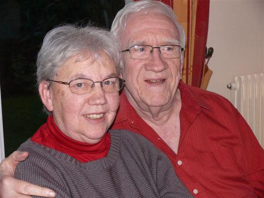 Nicole Renaud et Robert Quinquis : Créateurs du logo AAHDE