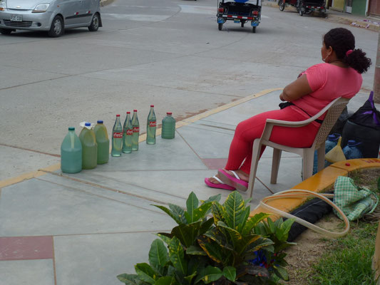 Ventes d'essence au détail sur la rue