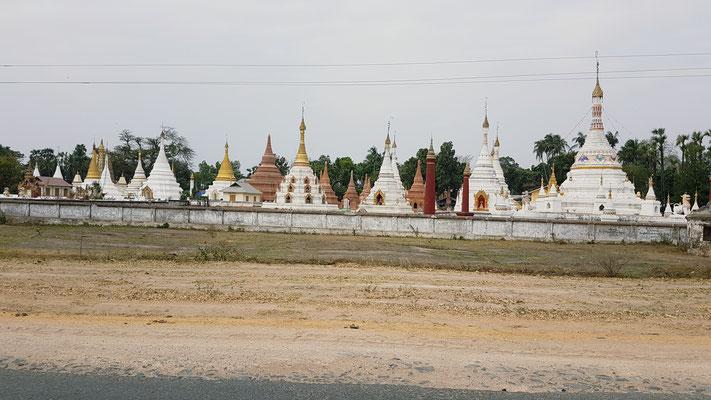 Quelques stupas