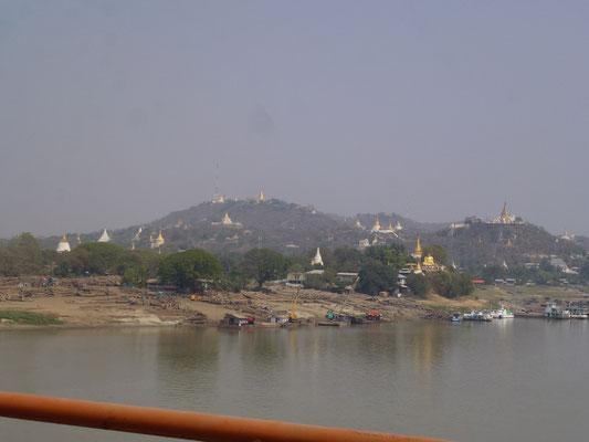 Paysage de stupas