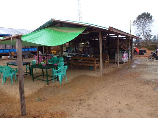 Le restaurant où je devais dormir, sur un des bancs