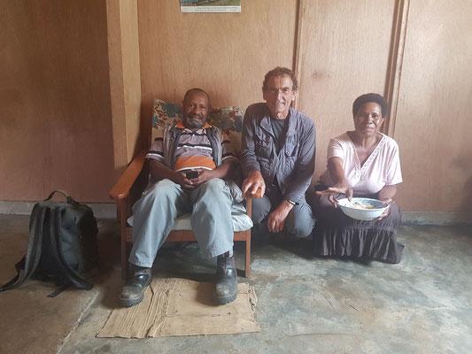 Avec le pasteur et sa femme