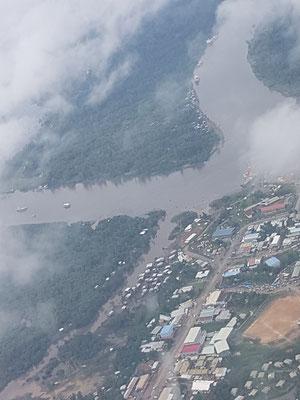 Vue aérienne de Kiunga
