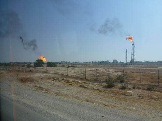 Puits pétroliers (ou gaz) dans le sud du pays