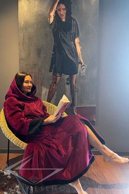 charmanter Wellness Luxus Bademantel extra lang mit Kapuze Robe zum wohlfühlen