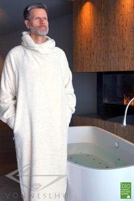 Luxus Bademantel mit Kapuze, Saunamantel, Wellness & Spa