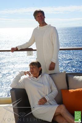 Luxus Bio Sommerbademantel sehr leicht und lusftig kurzer Bademantel, Bathrobe