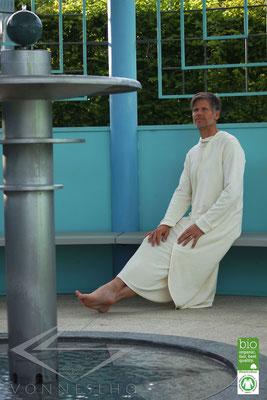 ausgefallender Bio Sommerbademantel, extra leicht, Wellness Spa Saunamantel