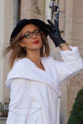 exklusiver luxus Bademantel mit Kapuze, Wellness Spa Saunamantel, Swing, Wellness Haute Couture