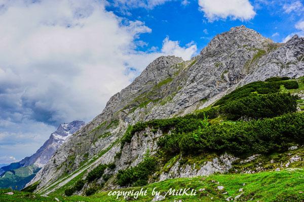 Klettersteig Tajakante : Tajakante klettersteig d e und vorderer tajakopf m