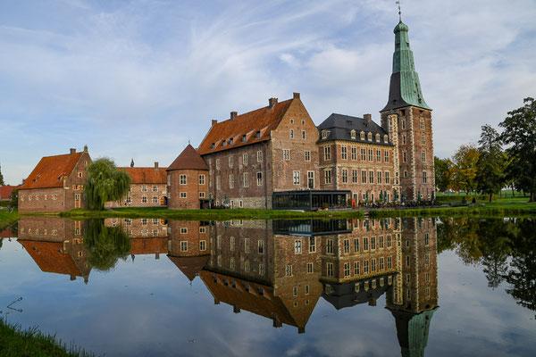 Nach dem Zweiten Weltkrieg ließen die Handwerkskammern des Landes Nordrhein-Westfalen als neue Besitzer die Überreste restaurieren.
