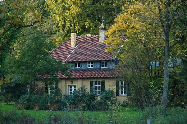 Das alte Forsthaus im Tiergarten ist ein Schmuckstück.