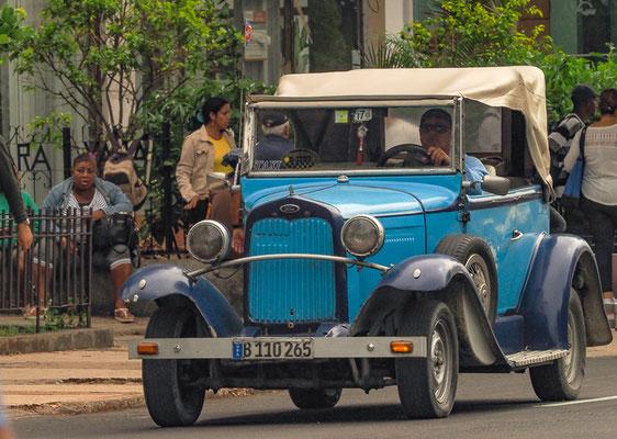 Oldtimer sind in Havannas Straßen in der Überzahl.
