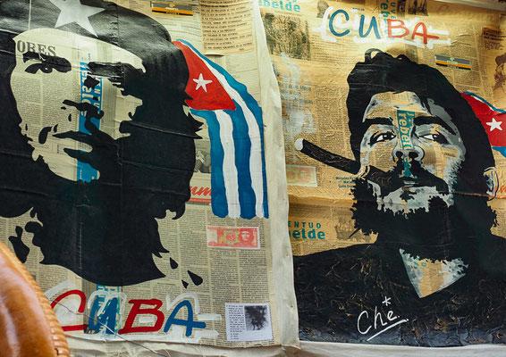 Che und Fidel sind allgegenwärtig auf Kubas Straßen, in Kubas Läden, Apotheken und Markthallen.