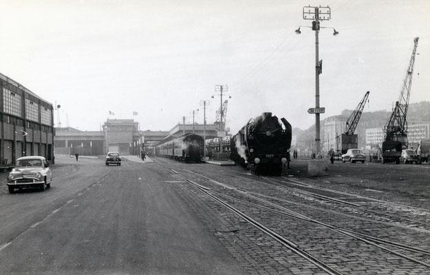 Boulogne-Maritime-019 : Locomotive Pacific 231 C 71. Cliché Jacques Bazin. 4 juin 1957
