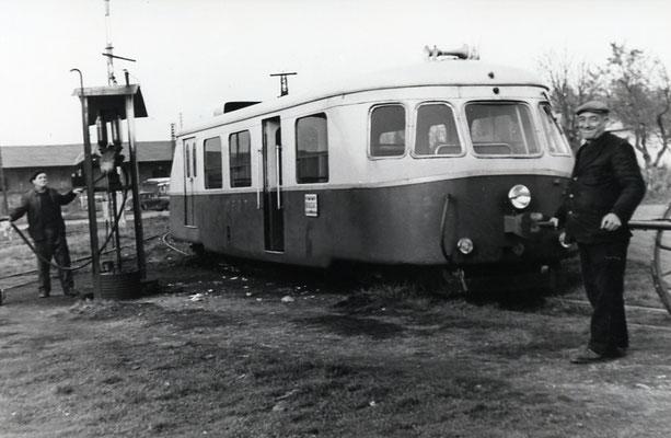 Tarn-020. Castres-Dépôt. Décembre 1962. Autorail Billard A80D. Cliché Rose Salvaire