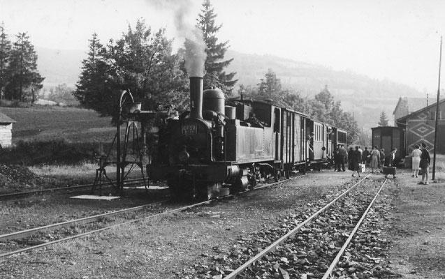 Tarn-091 : Lacaune-les-Bains. 27 juin 1953. Locomotive 130T n°11. Cliché Jacques Bazin