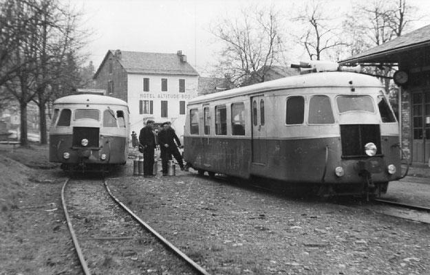 Tarn-099 : Lacaune-les-Bains. 30 décembre 1962. Autorails Billard A80D. Cliché Rose Salvaire