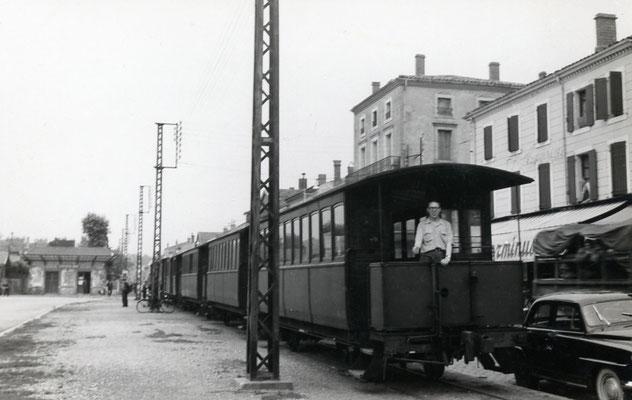 Tarn-027 : Castres-Gare. 27 juin 1953. Cliché Georges Webert