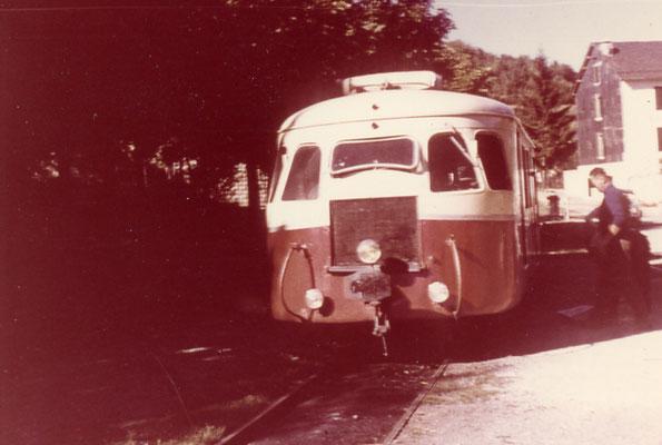 Tarn-102 : Lacaune-les-Bains. 1962. Autorail Billard A80D. Cliché Rose Salvaire