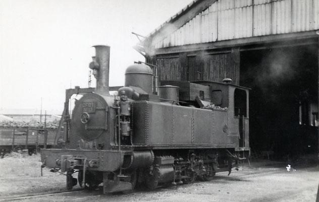Tarn-019. Castres-Dépôt. 1952. Locomotive 130T. Auteur du cliché inconnu