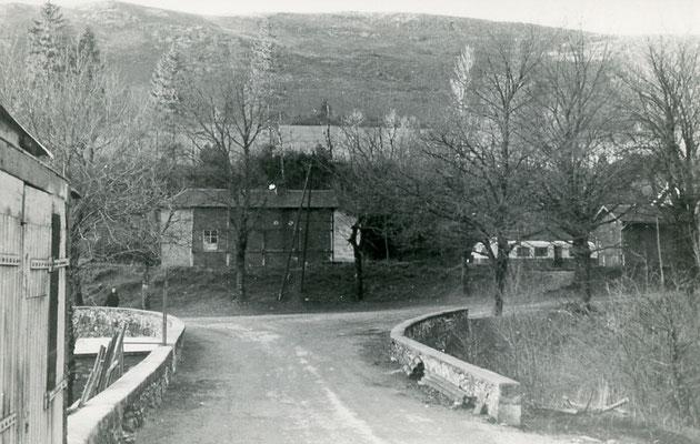 Tarn-122 : Murat-sur-Vèbre. 30 décembre 1962. Autorail Billard A80D. Cliché Jacques Bazin