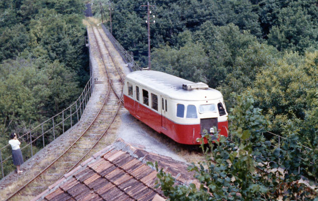Tarn-061 : Le Bouissas. 6 juillet 1962. Autorail Billard A80D. Cliché Jean-Louis Rochaix