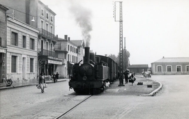 Tarn-029 : Castres-Gare. 7 juin 1953. Locomotive 130T n°11. Cliché Jacques Bazin