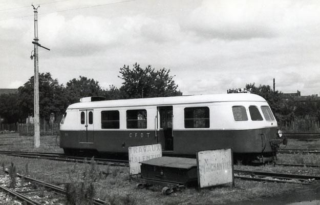 Tarn-008 : Castres-Dépôt. 2 septembre 1956. Autorail Billard A80D. Cliché Jacques Bazin