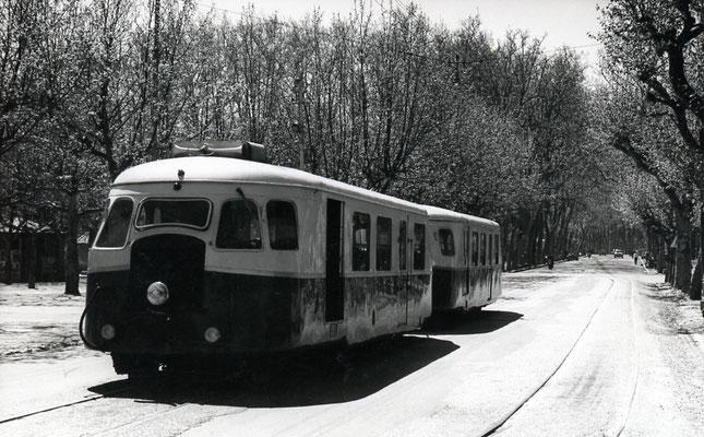 Tarn-045 : Castres-Albinque. 2 mai 1958. Autorail Billard A80D. Cliché Jacques Bazin