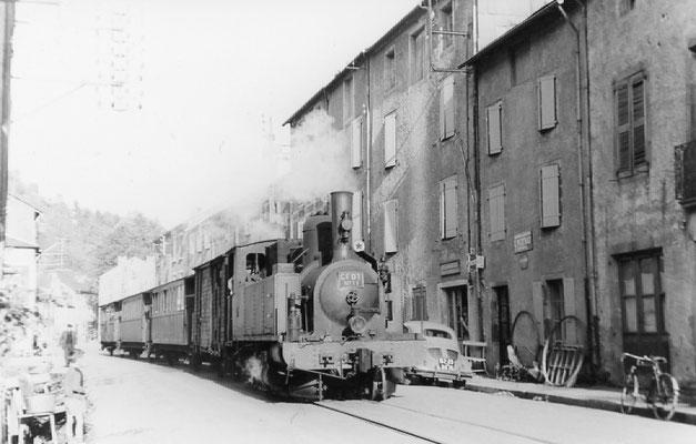 Tarn-086 : Pierre-Ségade. Date inconnue. Locomotive 130T. Cliché Pierre Laurent