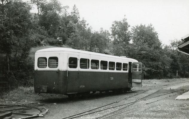 Tarn-115 : Murat-sur-Vèbre. 28 juin 1953. Autorail Verney SCF. Cliché Jacques Bazin