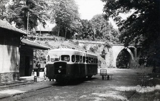 Tarn-065 : Vabre. 28 juin 1953. Autorail Verney SCF. Cliché Jacques Bazin