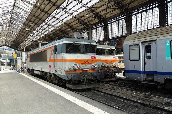 Paris-Austerlitz-29 mars 2012. Locomotive BB 7273 sous la grande verrière. Cliché Pierre Bazin