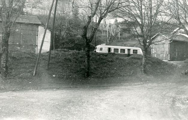 Tarn-120 : Murat-sur-Vèbre. 30 décembre 1962. Autorail Billard A80D. Cliché Jacques Bazin