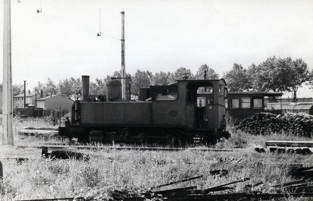 Tarn-006 : Castres-Dépôt. 2 septembre 1956. Locomotive 130T n°11. Cliché Jacques Bazin